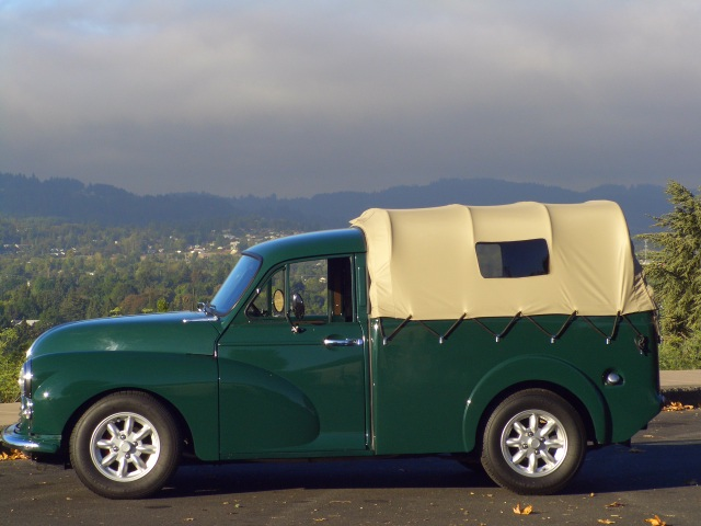 1960 morris minor 1000 pickup forest green exterior