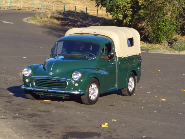 1960 morris minor 1000 pickup front view