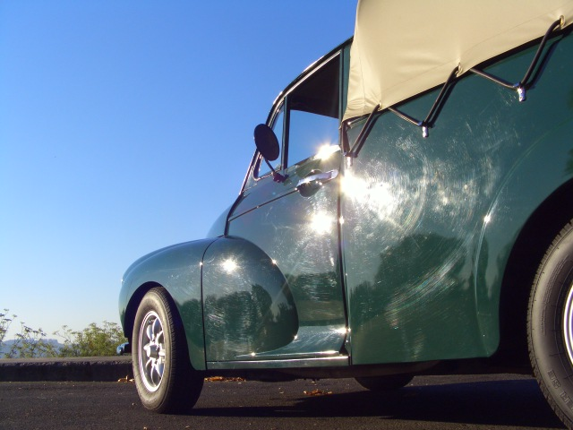 1960 morris minor 1000 pickup exterior side view