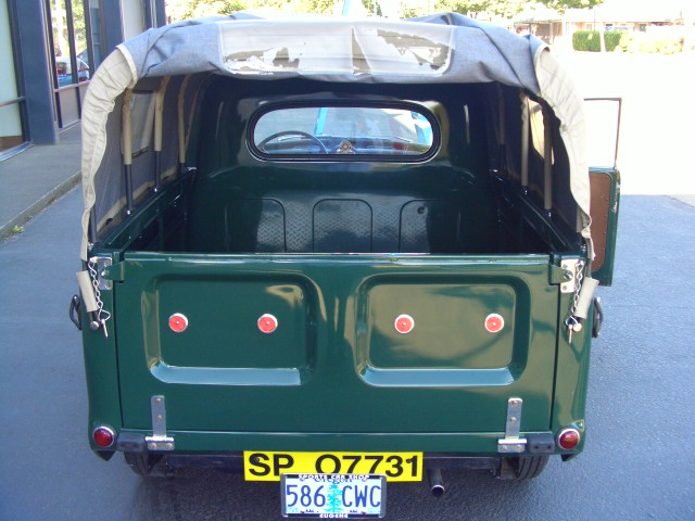 1960 morris minor 1000 pickup excellent restoration