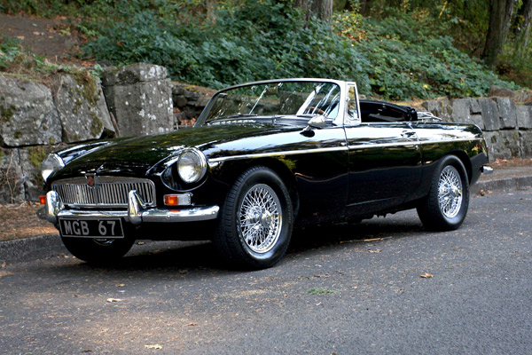 1967 MG MGB | Sports Car Shop
