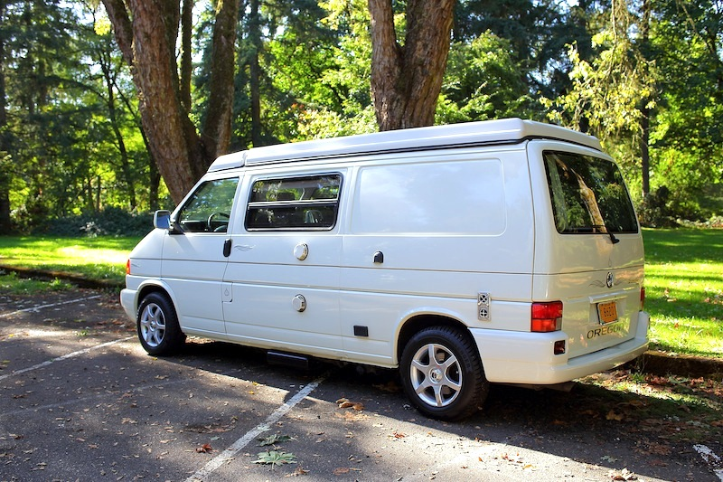 1999 Volkswagen Eurovan Winnebago Camper | Sports Car Shop